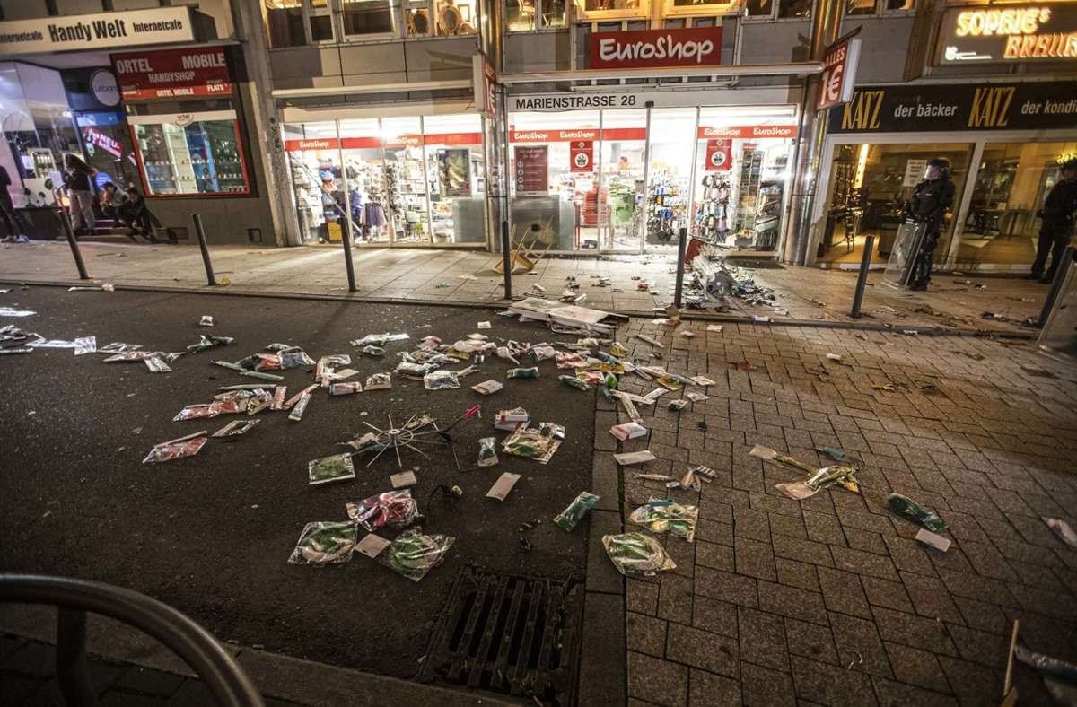 Am Wochenende war es zu brutalen Ausschreitungen in Stuttgart gekommen. Foto: dpa/Simon Adomat