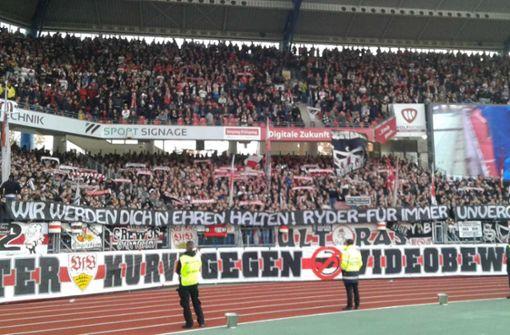 Fans ehren verstorbenes Ultra-Mitglied