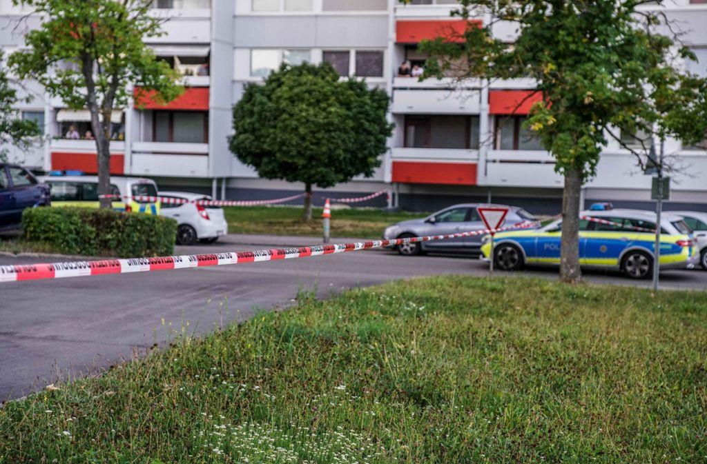 Der Tatort an der Fasanenhofstraße im Stuttgarter Stadtteil Fasanenhof. Foto: SDMG