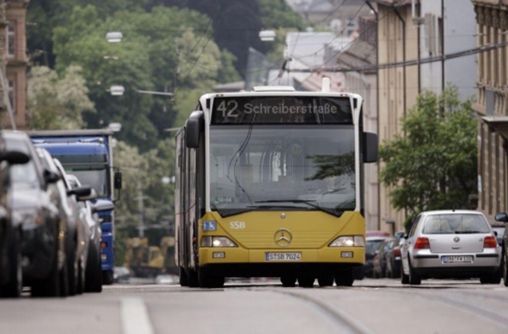 Die Busse der Linie 42 werden umgeleitet. Foto: Zweygarth