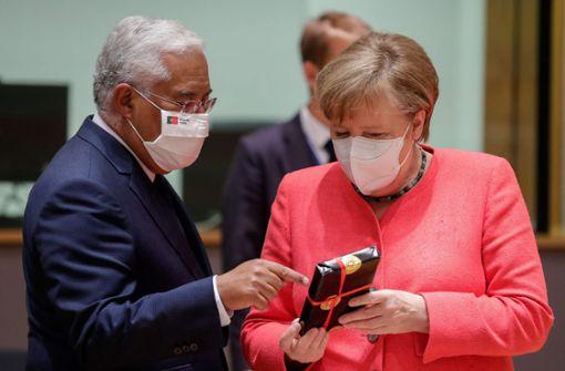 Staats- und Regierungschefs gratulieren auf  EU-Sondergipfel