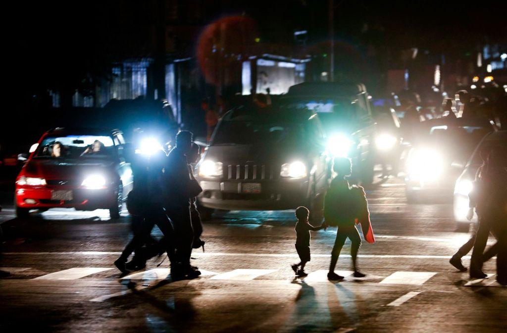 In Venezuela hat ein massiver Stromausfall für Probleme gesorgt. Foto: AP