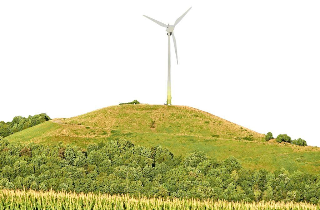 Ein Windrad – wie hier auf dem Grünen Heiner bei Weilimdorf – will man im Heckengäu nicht. Foto: Andreas Gorr/Archiv