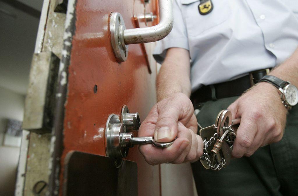 Der 33-Jährige sitzt in Untersuchungshaft (Symbolbild). Foto: AP