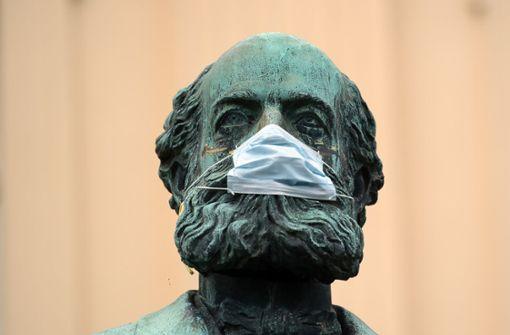 Forscher erwarten Ende der Epidemie erst im August oder September