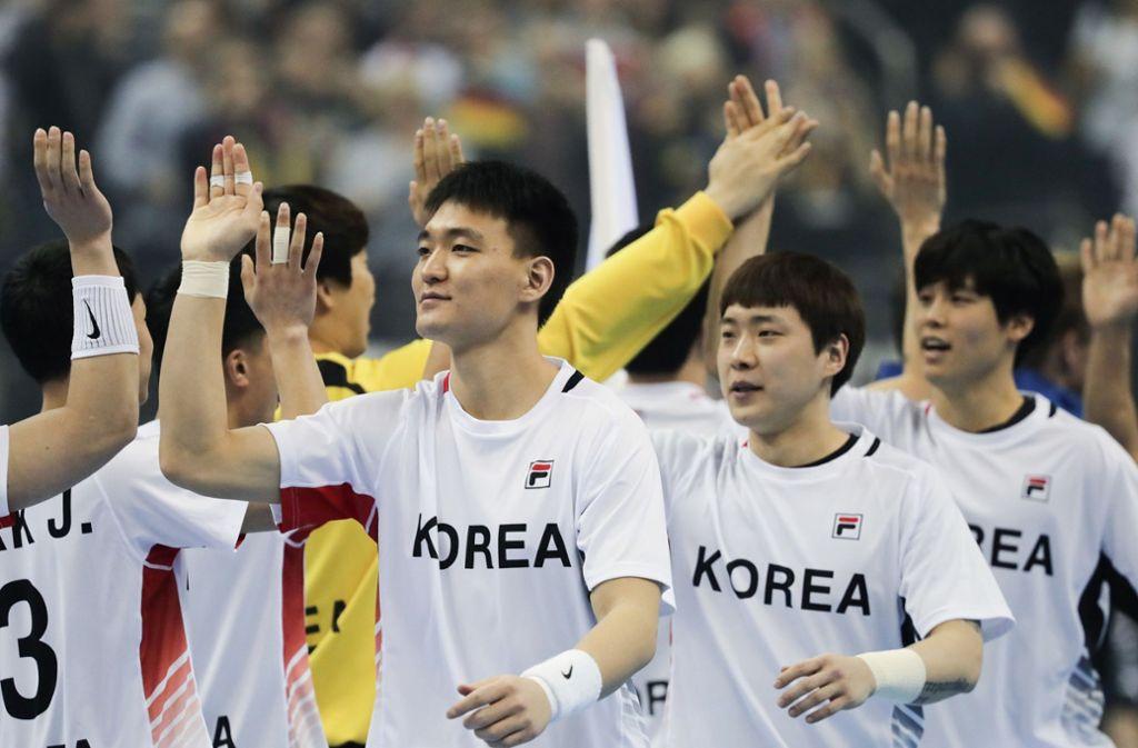 Die Symbolik ist wichtiger als das Ergebnis: Erstmals spielt bei einer Handball-WM ein gemeinsames Team aus Nord- und Südkoreanern. Foto: dpa