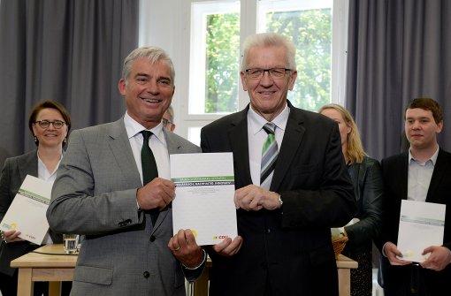 Holpriger Start für Grün-Schwarz