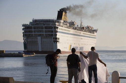 Fähre  bringt Syrer nach Thessaloniki