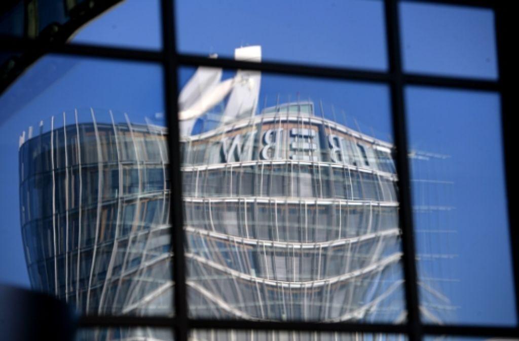 SÖS/Linke versuchen, die Umwandlung der städtischen LBBW-Einlagen mit einem Bürgerentscheid zu stoppen. Foto: Achim Zweygarth