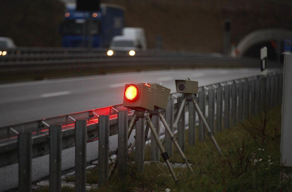 Nicht besonders beliebt: Mobile Blitzanlagen (Symbolbild). Foto: Gottfried Stoppel