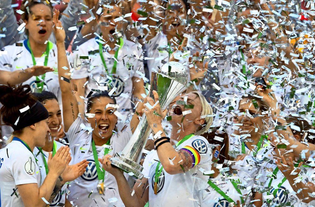 Jubelt am Saisonende wieder der VfL Wolfsburg? Foto: dpa