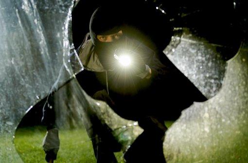 Die meisten Einbrüche werden in der dunklen Jahreszeit verübt. Foto: dpa