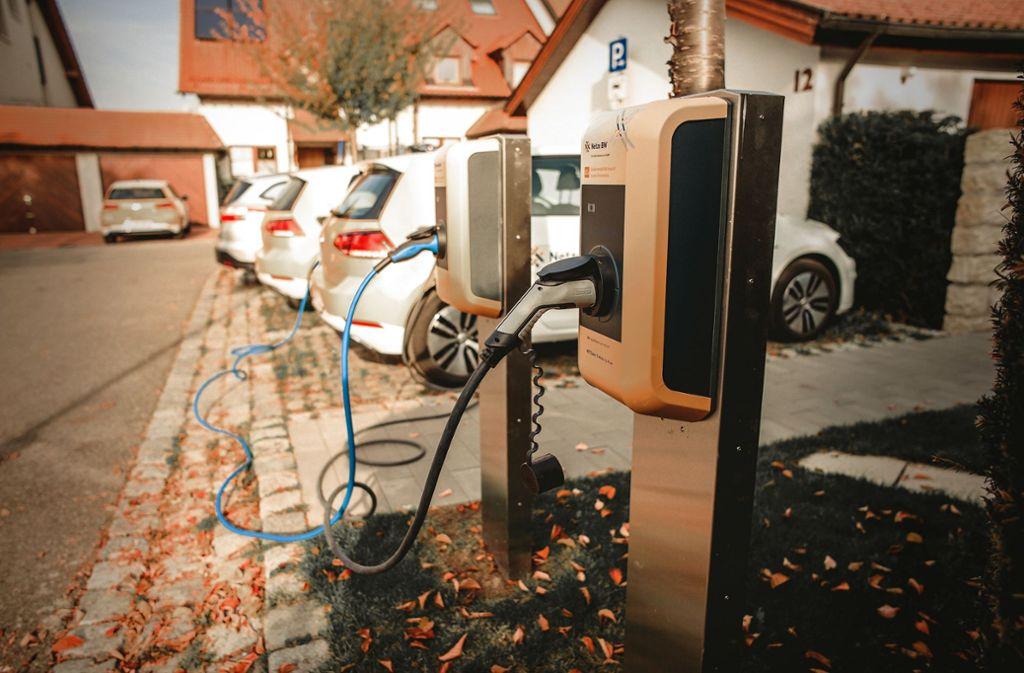 Das  Stromnetz im Testgebiet in Ostfildern hielt den E-Autos stand. Foto: