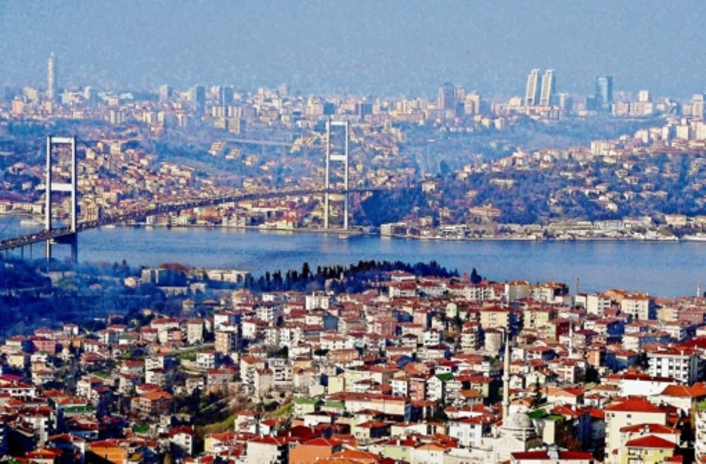 Zu Istanbul hat Stuttgart bereits Kontakte – dennoch dürfte eine Partnerschaft nicht in Frage kommen, da Berlin und Köln schon mit der Stadt am Bospurus verbunden sind. Foto: dpa