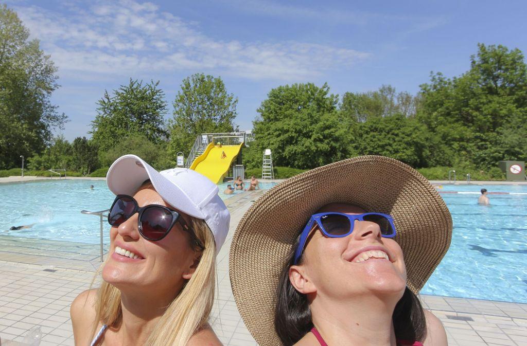 Endlich: Deutschland genießt den Sommer - doch der hat auch seine Schattenseiten. Wenn man sich zu lange ungeschützt der Sonne aussetzt, kann das üble Folgen haben.  Foto: factum/Bach