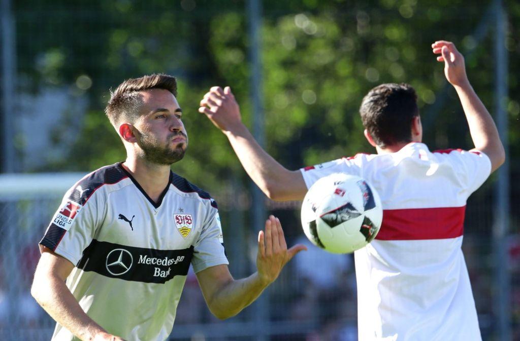 Lukas Rupp dürfte das VfB-Trikot die längste Zeit getragen haben. Foto: Baumann