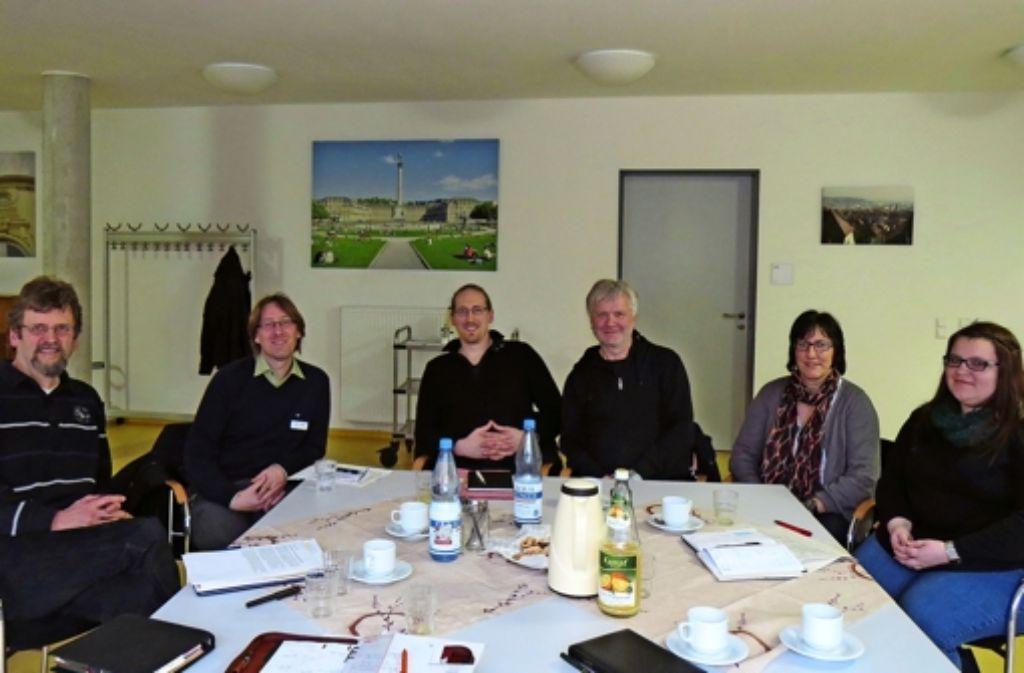 Sie haben das Projekt angestoßen: Hermann Kollmar, Marc Laible, Bastian Krüger, Alexander Gunsilius, Elke Müller und Mandy Papert (von links). Foto: red