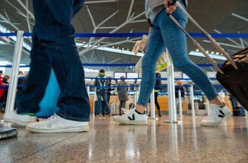 Welche Gefahr geht von Reiserückkehrern und Fans in EM-Stadien aus?