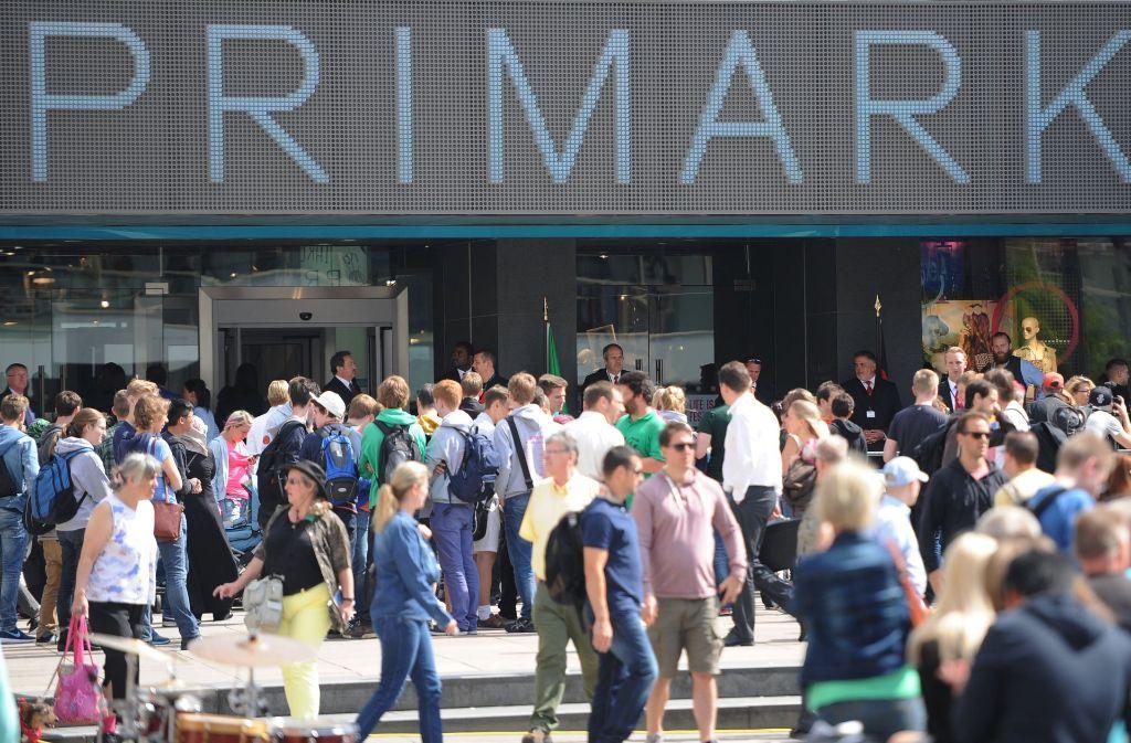 Die Modekette Primark – hier eine Filiale in Berlin – steht in der Kritik. Foto: dpa-Zentralbild