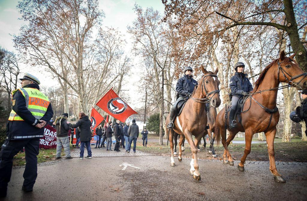 In Stuttgart ist eine Demo gegen Diesel-Fahrverbote leicht eskaliert. Foto: Ferdinando Iannone©