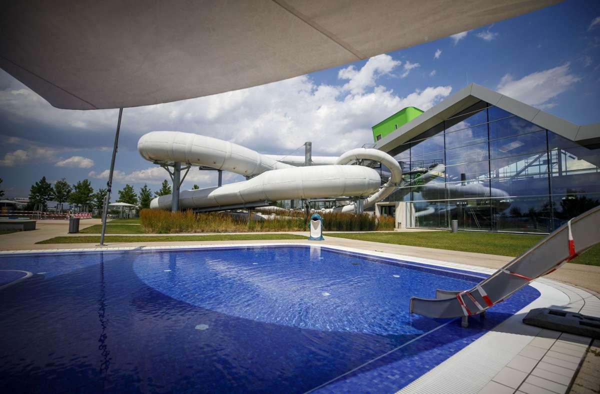 Nicht nur die Reparaturen am Schwimmbad F3 werden teuer. Foto: Gottfried Stoppel