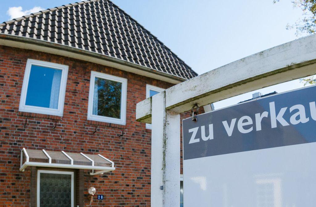 Den Immobilienmarkt beobachtet die Bundesbank mit Argusaugen. Foto: dpa-tmn/Markus Scholz
