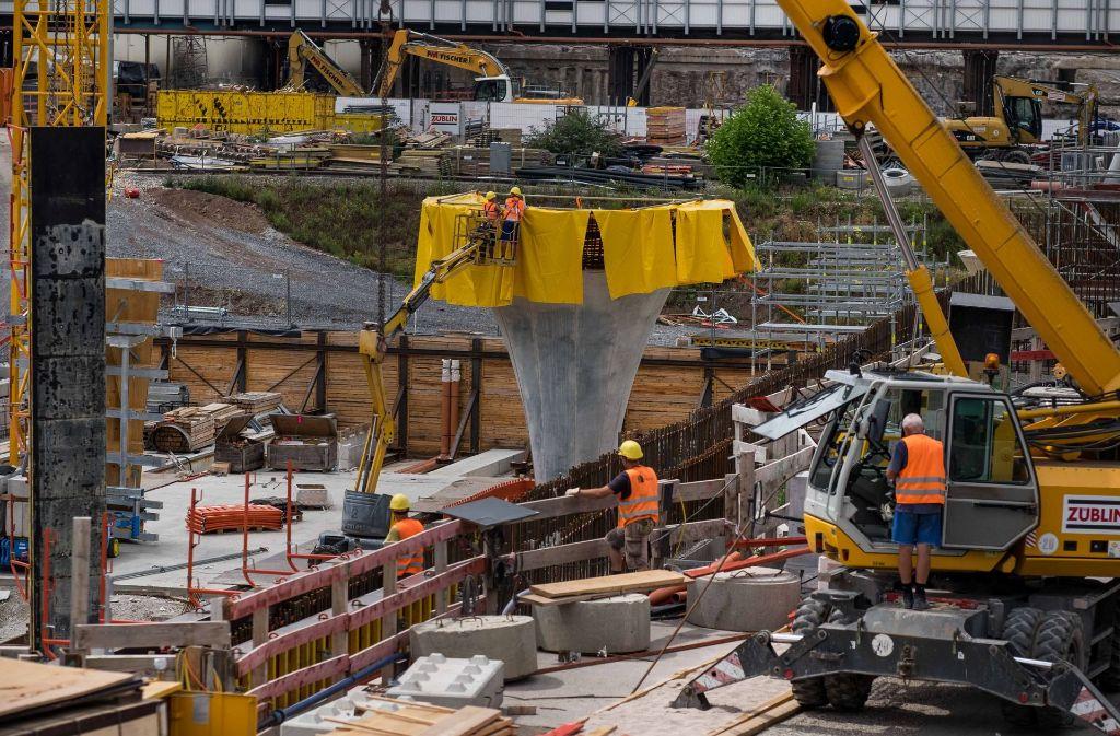 Das Geld, das in Großprojekte wie Stuttgart 21 fließt, fehlt anderswo. Foto: Lichtgut/Max Kovalenko
