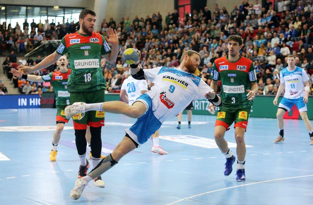Der Handball ruht beim TVB (hier Manuel Späth) – wie lange? Foto: Baumann