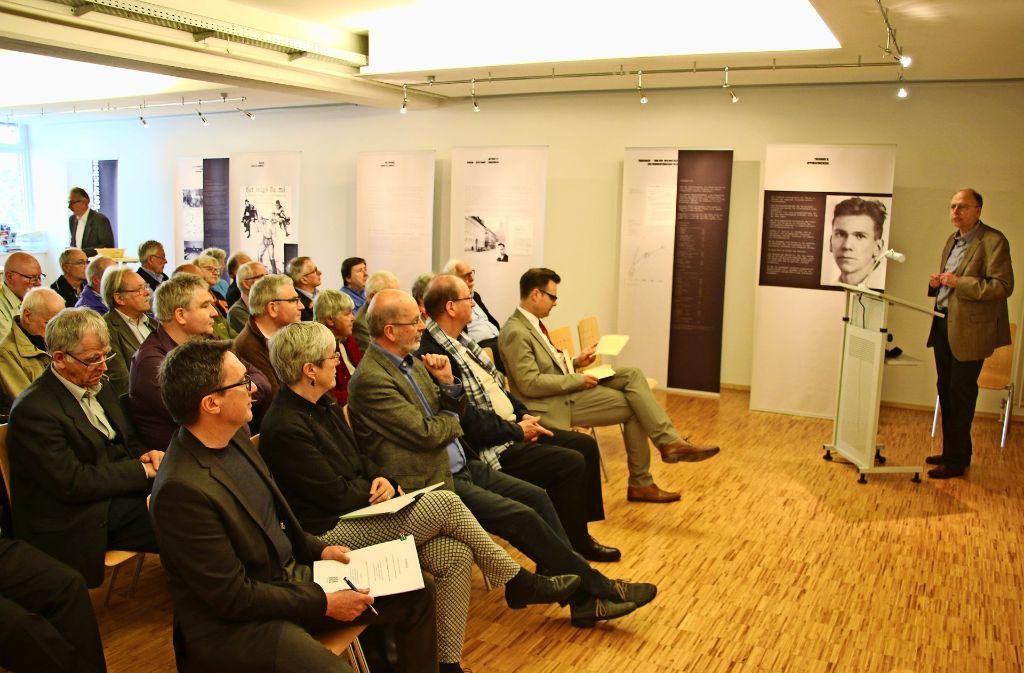 Am Freitag wurde die Ausstellung im Stadtarchiv Musberg eröffnet. Foto: Rüdiger Ott