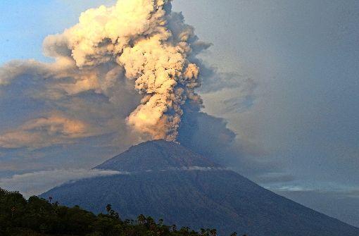 Ein Feuerring aus Vulkanen