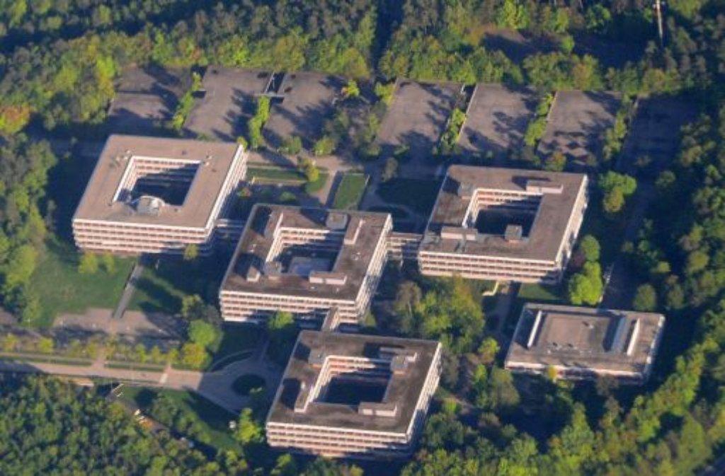 Übersicht über die ehemalige IBM-Zentrale in Stuttgart: Für die einen ist es ein Baudenkmal, für die anderen ein Abrissobjekt.  Foto: dpa