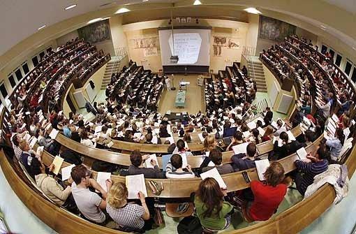 Hochschulen stehen zum Bachelor
