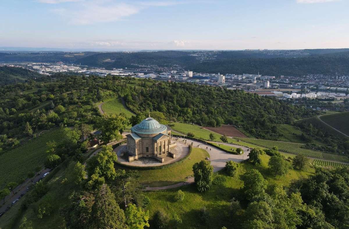 Die Grabkapelle auf dem Württemberg ist ein beliebtes Ausflugsziel und ein kleines Wahrzeichen Stuttgarts. Foto: Jan-Philipp Strobel/dpa/Jan-Philipp Strobel
