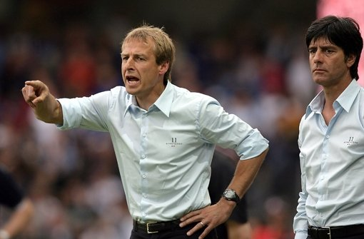 Das Duell Löw kontra Klinsmann