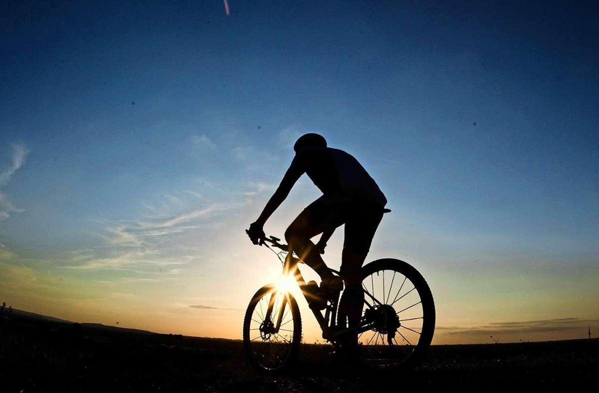 Die Corona-Krise habe die Menschen zu einer Vielzahl an Outdoor-Aktivitäten animiert,  das Rad sei eine davon, sagt ein Radhändler aus Filderstadt. Foto: dpa/Julian Stratenschulte