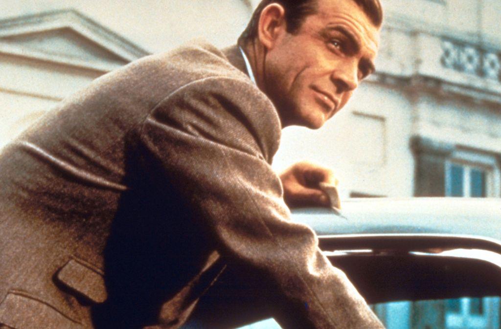 """Für viele ist Sean Connery – hier in """"Goldfinger"""" (1964) zu sehen – der einzig wahre James-Bond-Darsteller. Autor Ian Fleming war aber keineswegs von ihm begeistert – und der Erste war Connery auch nicht. Foto: dpa"""