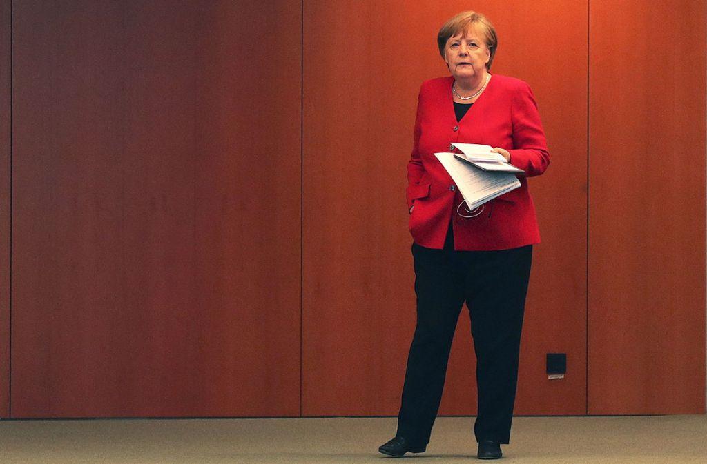 """Bundeskanzlerin Angela Merkel spricht von einer """"konstruktiven Diskussion"""" mit den Länderchefs. Foto: dpa/Michael Sohn"""