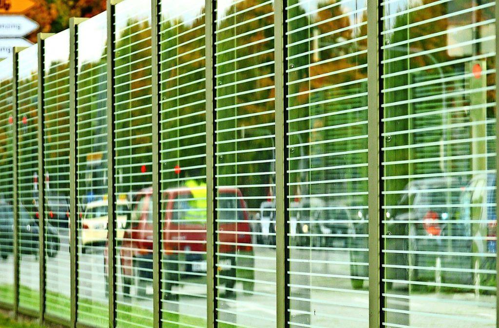 Die Anwohner sollen aktiv, sprich durch Lärmschutzwände, oder passiv, etwa durch Lärmschutzfenster, geschützt werden. Foto: pixabay