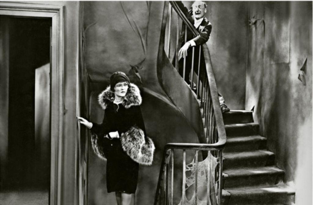 """Eine Szene aus dem Stummfilm """"Die letzte Warnung"""" (USA, 1929)  mit Laura La Plante. Es war Lenis letztes Werk. Foto: picture alliance"""