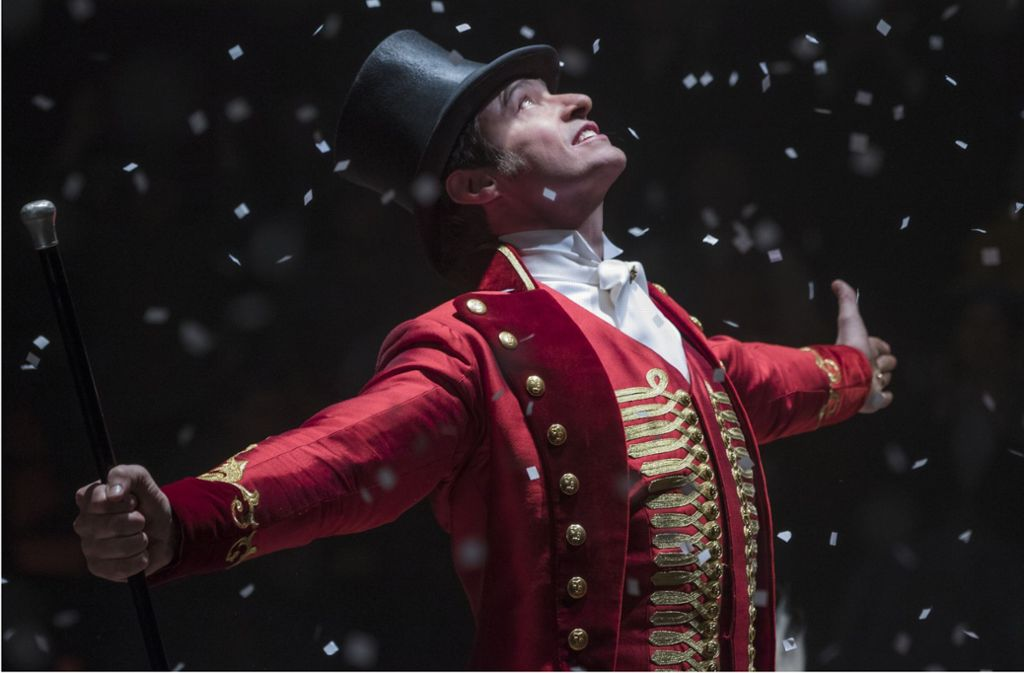 """Der Himmel lässt den Erfolg herabschneien: Hugh Jackman als  P. T. Barnum im Kino-Musical """"Greatest Entertainer"""" Foto: 20th Century Fox"""