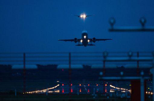 Airbus sackt auf dem Weg nach Madrid 100 Meter ab