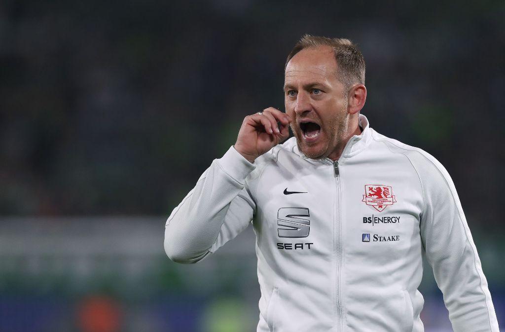 Torsten Lieberknecht ärgerte sich maßlos über die Schiedsrichter-Entscheidungen. Foto: Bongarts