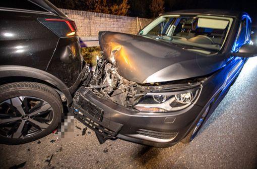 Drei Verletzte bei Auffahrunfall mit drei Autos