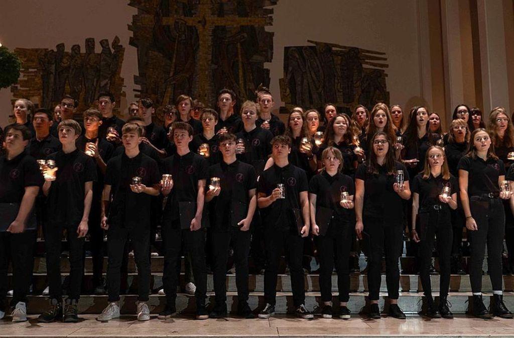 """Festliches Konzert von Schulen in Stuttgart und der Region – und alles für den guten Zweck von """"Hilfe für den Nachbarn"""" der Stuttgarter Zeitung Foto: Lichtgut/Julia Schramm"""
