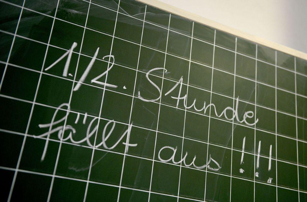 Besonders an den Grundschulen sind Lehrer knapp. Foto: dpa