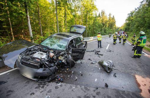 Von Sonne geblendet – sieben Verletzte bei heftigem Crash