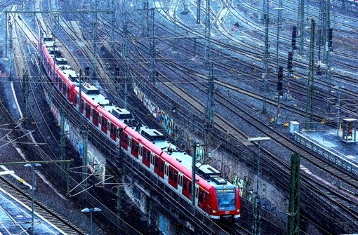 Ob das Gleisvorfeld stillgelegt werden darf, entscheidet sich vor Gericht. Foto: Zweygarth