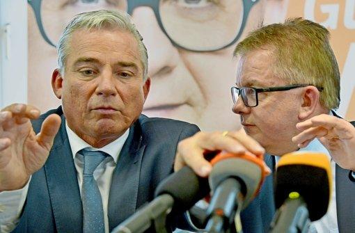 CDU-Landeschef Thomas Strobl (links) und CDU-Fraktionschef Guido Wolf beraten über den Kurs der CDU. Dieser führt die beiden jetzt  in die Arme der Grünen. Foto: dpa