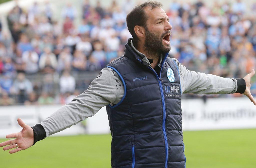 Tobias Flitsch: Der Kickers-Trainer will die Pause nutzen, um vor allem im athletischen Bereich mit der Mannschaft zu arbeiten. Foto: Baumann