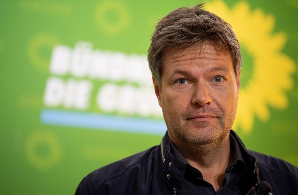 Grünen-Chef Robert Habeck sah sich beim Wahlkampf in Thüringen Drohungen ausgesetzt. Foto: dpa/Fabian Sommer